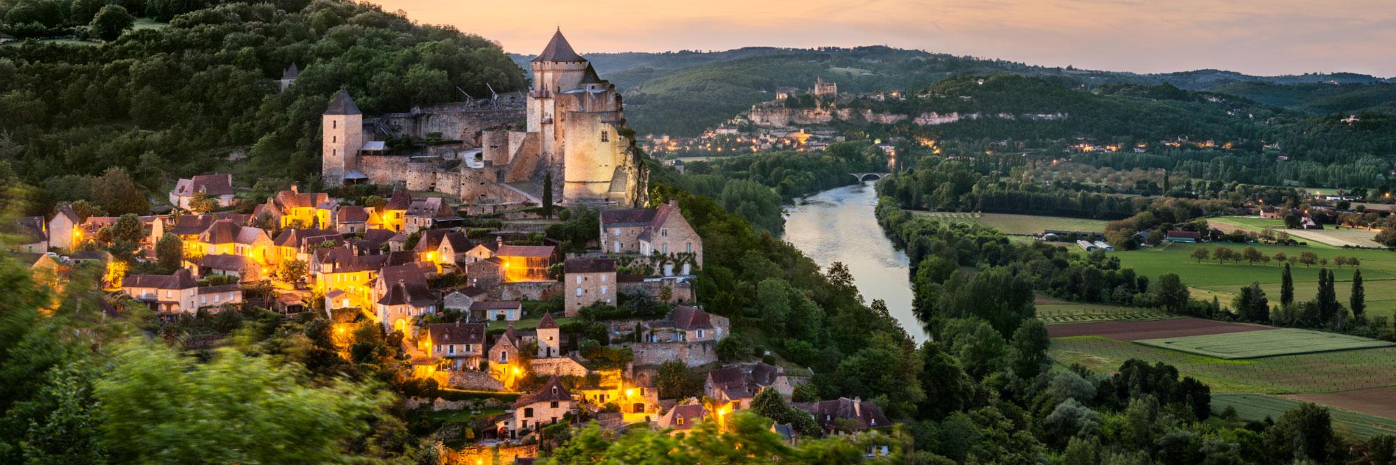 10-14943-france-dordogne-la-dordogne-entre-castelnaud-et-beynac-panorama-sentucq-h