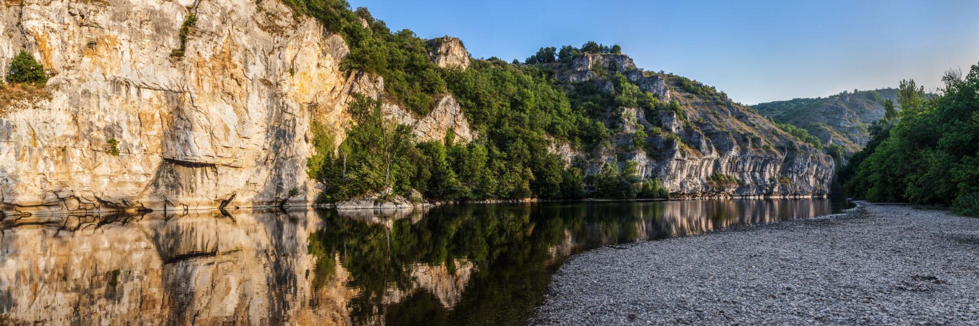 La Dordogne sous le pech de Pinsac - Photo Hervé Sentucq - www.panoram-art.com
