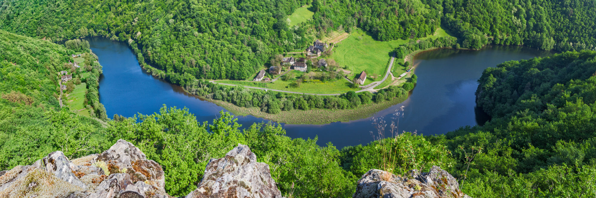 6-14892-france-correze-vallee-de-la-dordogne-roc-castel-panorama-sentucq-h